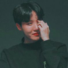 ✧❥fσllσw: αmαndααwíвσσn❥✧ Jhope, Taehyung, Jimin, Jung Hoseok, Lee Min Ho, J Hope Birthday, Seokjin, Namjoon, Gwangju