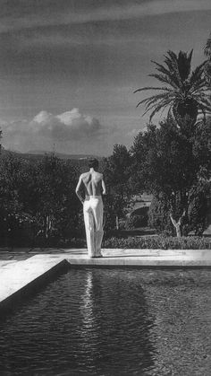 Summer Photography, Artistic Photography, Imperfection Is Beauty, Italian Summer, Old Money, Tropical Vibes, White Aesthetic, Black And White Photography, Beautiful Images