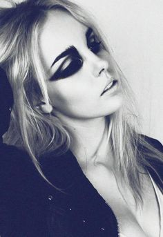 Chereine Waddell Makeup Artist   Fantasy and Avant Garde Makeup   Beauty #eyeshadows