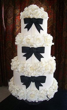 "cuteweddingsideas: "" Don't you just love wedding cakes that are timelessly beautiful? Take a look at these 139 beautiful wedding cakes ideas. Read more: 139 Beautiful Wedding Cakes. Black White Cakes, Black And White Wedding Cake, White Wedding Cakes, Beautiful Wedding Cakes, Gorgeous Cakes, Pretty Cakes, Cute Cakes, Black Bows, Black Tie"