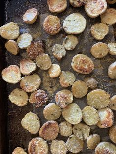 These potatoes are insanely divine – crispy, savoury and addictive. Salt And Pepper Recipes, Potato Face, Medium Rare Steak, Great Steak, Steamed Asparagus, Steak Butter, Baby Potatoes, Sirloin Steaks