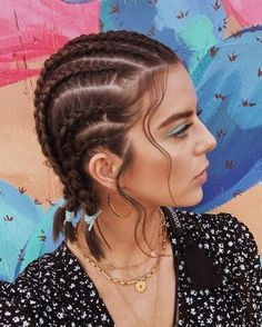 Baddie Hairstyles, Boho Hairstyles, Hairstyles Haircuts, Coachella Hairstyles Short, Female Hairstyles, Curly Hair Styles, Natural Hair Styles, Hair Styles Cool, Hair Braiding Styles