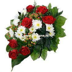 Jerba funerara mica, jerba crizanteme si trandafiri, iti recomanda pentru un ultim omagiu simplu si elegant. Jerba este realizata pe burete floral. Floral Wreath, Wreaths, Plants, Decor, Floral Crown, Decoration, Door Wreaths, Deco Mesh Wreaths, Plant