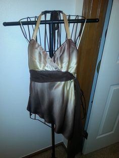 Cache  Ladies Halter Top/Silk Blouse  SZ 4/6 Gold,Bronze,Brown,  Silk/Satin Ble