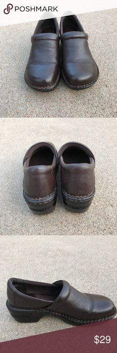 BORN CONCEPT Clogs Closed Heel Brown Leather 9 M BOC BORN CONCEPT Clogs pebbled Leather Size 9 M. Condition: Pre-owned, no rips, no holes minor wear, clean. in good condition BOC Shoes Mules & Clogs