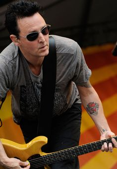 Q&A: Pearl Jam's Mike McCready on the Band's Place in Rock History - Esquire