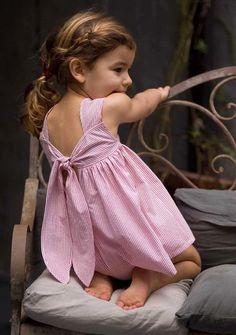 Quem não gosta de enfeitar criança? E, como elas estão cada vez mais exigentes, avalie essa galeria de looks para meninas e meninos em...