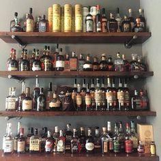 Woodworking Business Get Home Bar Sets, Diy Home Bar, Diy Bar, Bars For Home, Bourbon Bar, Whisky Bar, Pallet Bar Plans, Barn Plans, Garage Plans