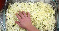 Unstuffed cabbage Rolls All these ingredients come together for something awesome. Cabbage Roll Casserole, Casserole Pan, Casserole Dishes, Casserole Recipes, Recipe For Stuffed Cabbage Casserole, Low Carb Recipes, Beef Recipes, Cooking Recipes, Cabbage Recipes