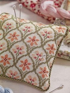Discover thousands of images about This is a great little bargello needlepoint pillow. Cross Stitch Charts, Cross Stitch Designs, Cross Stitch Patterns, Cross Stitching, Cross Stitch Embroidery, Hand Embroidery, Cross Stitch Cushion, Needlepoint Pillows, Bargello
