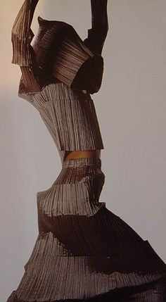 Issey Miyake 'Bamboo Pleats' F/W 1989 Repinned by www.fashion.net