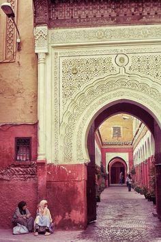 Outside a souk in Maroc / Morocco