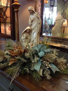 Blue and White Christmas-Love this nativity floral arrangement. Christmas decorating and centerpiece ideas. Christmas Floral Arrangements, Gold Christmas Decorations, Christmas Tablescapes, Rustic Christmas, Christmas Home, Christmas Holidays, Christmas Wreaths, Xmas, Christmas Nativity Scene