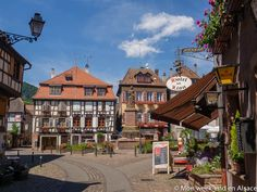 Visite de Ribeauvillé, ravissant village médiéval incontournable de la Route des Vins d'Alsace, situé au coeur du vignoble