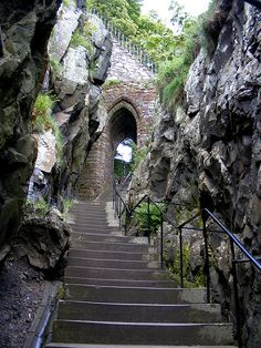 The old entrance to Dumbarton Castle, Scotland (by pariscub)...