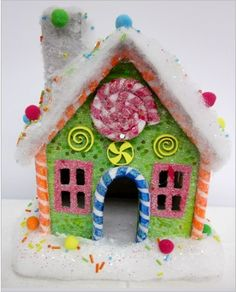 22cm ginger bread house Christmas Gingerbread House, Christmas Candy, Xmas, Gingerbread Houses, Ginger Bread, Unsweetened Cocoa, Holiday Recipes, Icing, Sweet Treats