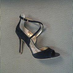 Strap it on and strut !!! Just in @samedelman Audrey strappy sandal in black suede.