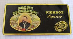 Brasil Dannemann Pierrot Superior Tin, around the 50ties, i have the somewhat smaller version with the same Decor Layout, is for Sale