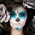 Halloween Makeup Inspiration: 19 Awesome Looks To Try | lovelyish  crayon maquillage noir: http://www.feezia.com/univers/accessoires-de-fete/maquillage-1/crayon-maquillage-noir-3-gr.html  maquillage