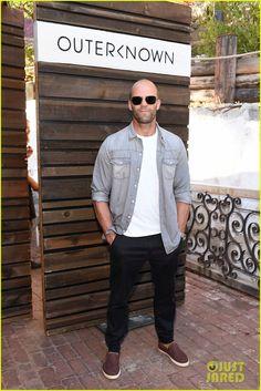 Chris Hemsworth & Gerard Butler Enjoy a Malibu Party | chris hemsworth…