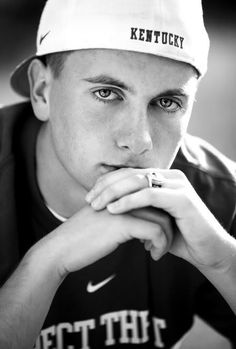 guy+senior+picture+ideas | Jessica Edwards Photography: Blayne, Harlan County High {Class of 2010 ...