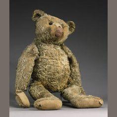 Large Steiff Teddy bear     1909