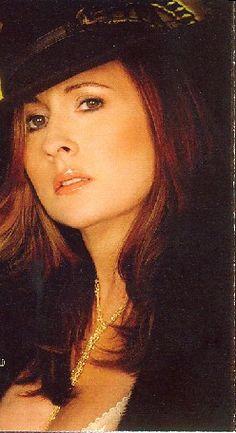 Teena Marie MY FAVORITE R&B SINGER!!!!XOXOXO R.I.P. LADY T