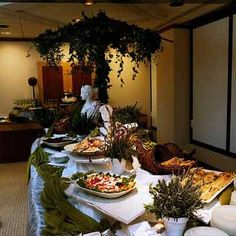 Google Image Result for http://specialevents.com/photogallery/2010_Buffets/2010_Buffets_10.jpg