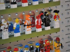 Naptime Notebook: Lego Closet good ways to organize those Legos