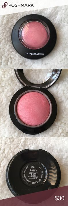 """MAC Cosmetics Mineralize Blush in """"Dainty"""" Shade- Dainty Used a few times, but I originally bought it on here used💓 No box MAC Cosmetics Makeup Blush"""