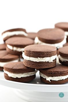 Chocolate Cookies with Cream Filling Recipe - Cooking FoodBlogs.com