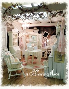 Wow, look at Rebecca's Booth!  Gorgeous, my friend!