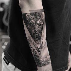 Grab your hot tattoo designs. Get access to thousands of tattoo designs and tattoo photos Tattoos Masculinas, Best Sleeve Tattoos, Love Tattoos, Pretty Tattoos, Small Tattoos, Jaguar Tattoo, Tiger Tattoo, Tiger Forearm Tattoo, Big Cat Tattoo