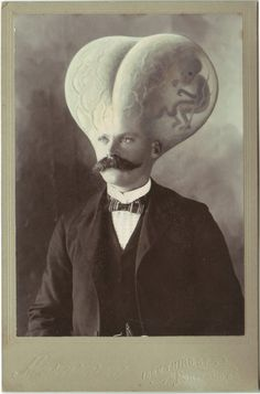 British artist Colin Batty creates bizarre, fantastical characters out of vintage portraits in his delightful altered cabinet card photographs. Remarkably, Batty augments each photo the old fashion. Vintage Cards, Vintage Images, Salvador Dali, Photo Halloween, Dom Quixote, Science Fiction, Arte Horror, Wow Art, No Photoshop