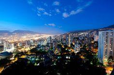 Medellin Colombia. La ciudad donde naci, y con mis amigos creci!