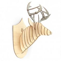 Trophée cerf en bois