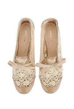 Lace Oxford Shoe