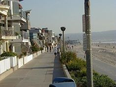 Lived right down strand on 20th H.Ave : Hermosa Beach, California.