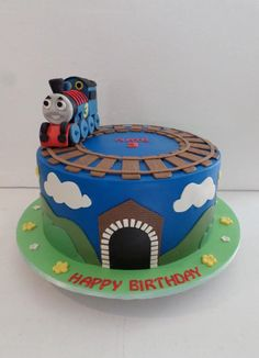 New birthday cake kids boys thomas the train Ideas Thomas Birthday Cakes, Birthday Cake Kids Boys, Thomas Cakes, New Birthday Cake, Birthday Cupcakes, Boy Birthday Parties, Thomas Train Birthday Cake, Birthday Crafts, Birthday Wishes