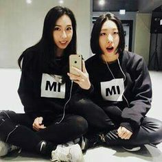 1million Dance Studio, Graphic Sweatshirt, Selfie, Sweatshirts, Dancers, Inspiration, Autumn, Pop, Fashion