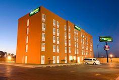 Hotel City Junior, Mexicali - A un costado del Centro Comercial Cadena y a 15 minutos de la Garita Internacional.