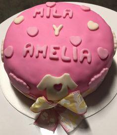 Baby Shower Mila y Amelia Torta de Vainilla con Relleno de Cerezas!