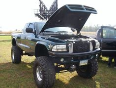 lifted dodge truck | 4th annual (Unofficial) N.E.P.A. Chapter Fall Time Meet n' Greet ...