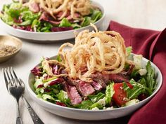 Get Steak with Bernaise Recipe from Food Network Steak Dinner Recipes, Easy Dinner Recipes, Beef Recipes, Salad Recipes, Cooking Recipes, Water Recipes, Recipies, Grilling Recipes, Easy Recipes