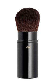 Retractable Powder Brush - Black -   H&M CA 1