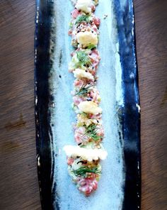 Kurobuta Pop-Up, Chelsea - The Londoner Nordic kiss in the form of Salmon Gravadlax and Avocado Tartare with Dill Mayo, Rice Crunchies and Fresh Yuzu Zest. Fried Dumplings, Western Food, Date Dinner, Raw Food Recipes, Chinese Food, Fresh Rolls, Pop Up, Chelsea, Curry