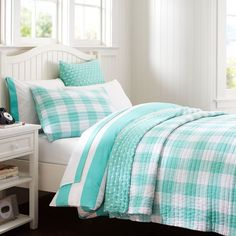 """Reversible Kantha Quilt + Sham 
