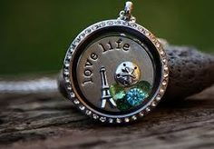 Love this Living Locket from Origami Owl. So easy to create your own  www.shananlee.origamiowl.com