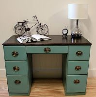 wonder if the hubby would mind me painting his old desk....