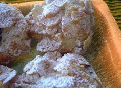 Croccanti Biscotti con Corn FLakes, leggeri e golosi. Detti anche Rose del Deserto, questi biscotti ai cereali sono facilissimi da preparare. cosa occorre?